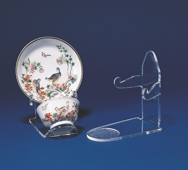 Cup and Saucer Displays & Plate stands and Bowl easels